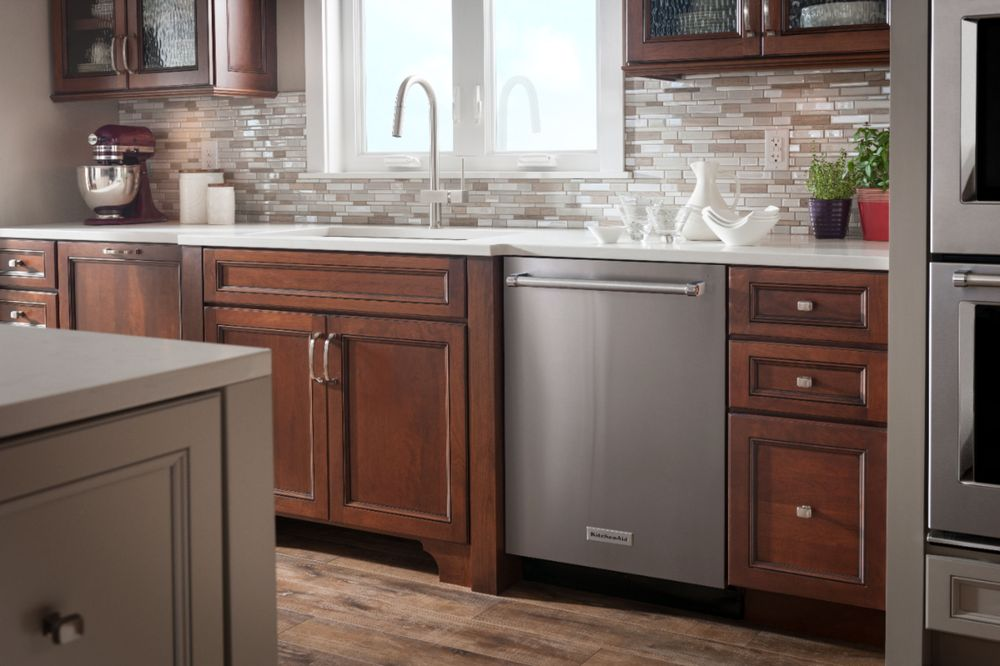 Kitchenaid 24 top control builtin dishwasher with