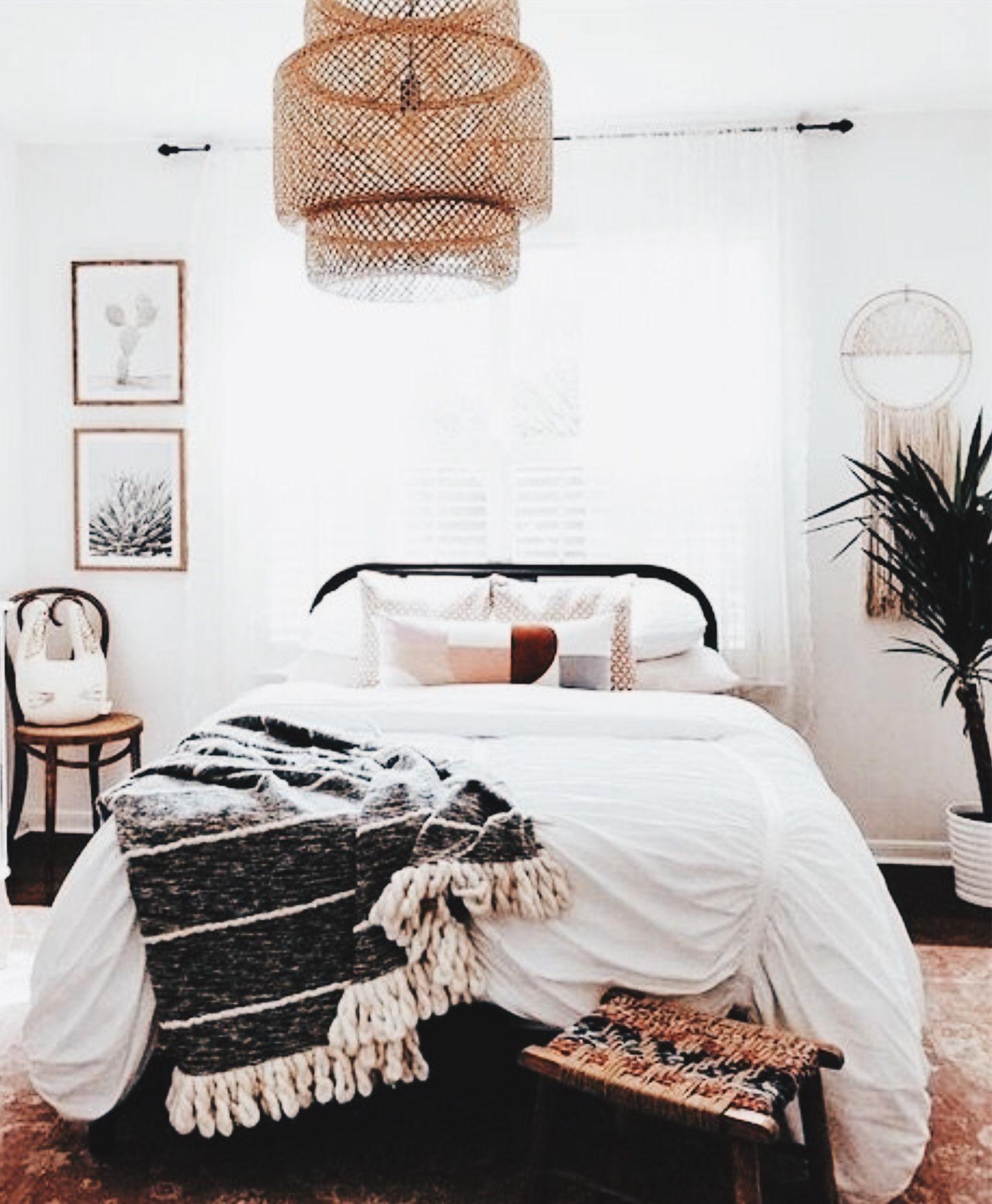 Bedroom home decor   Bed   Linens   Lighting   Modern ...