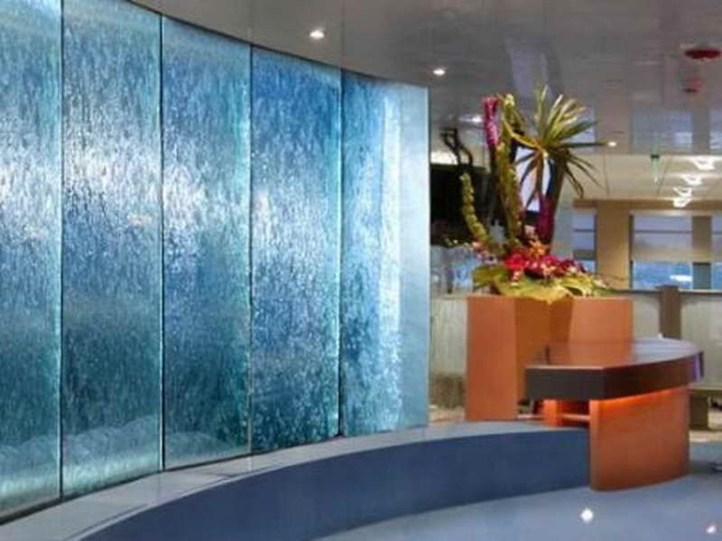 Modern indoor waterfall design indoor fountains for Indoor water fountain design malaysia