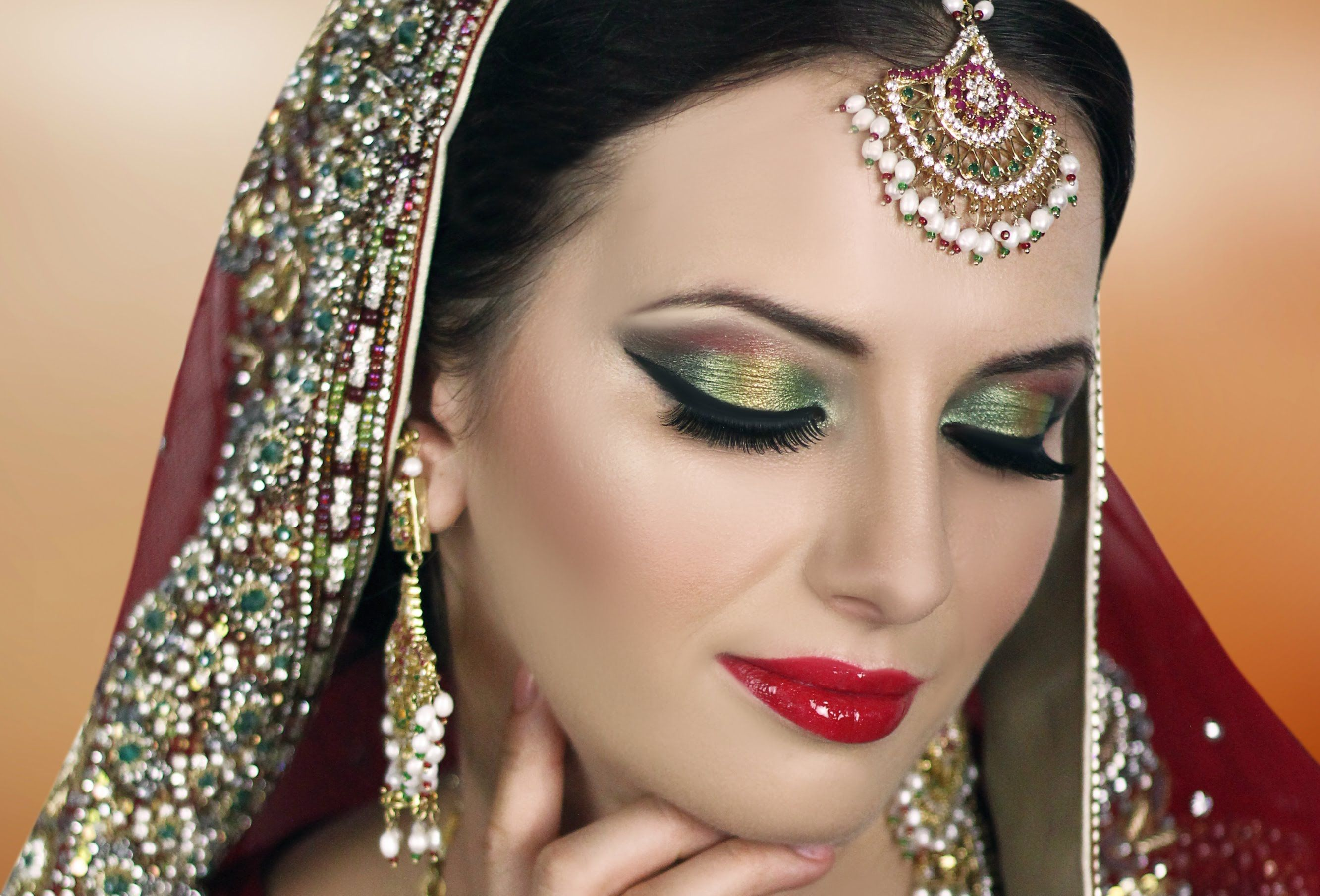 traditional indian bridal makeup tutorial - red gold green