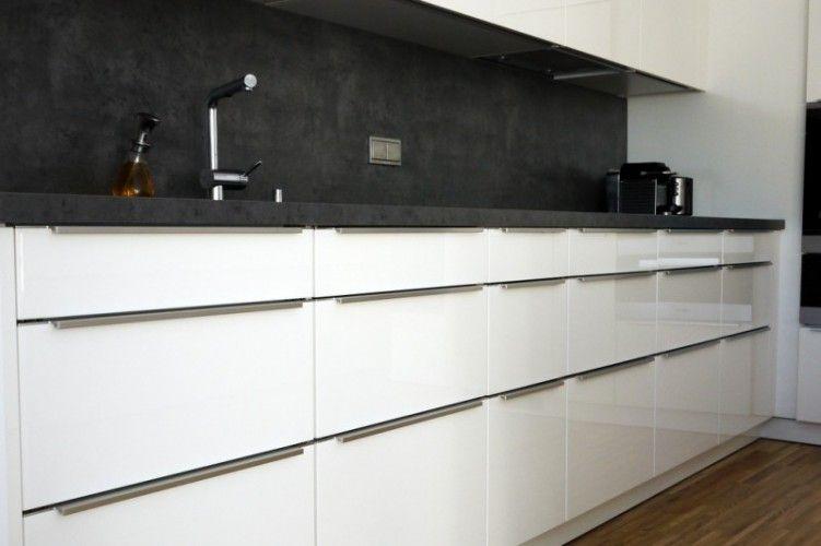 Unsere neue Küche ist fertig. Der Hersteller ist: Schüller - Novel ...