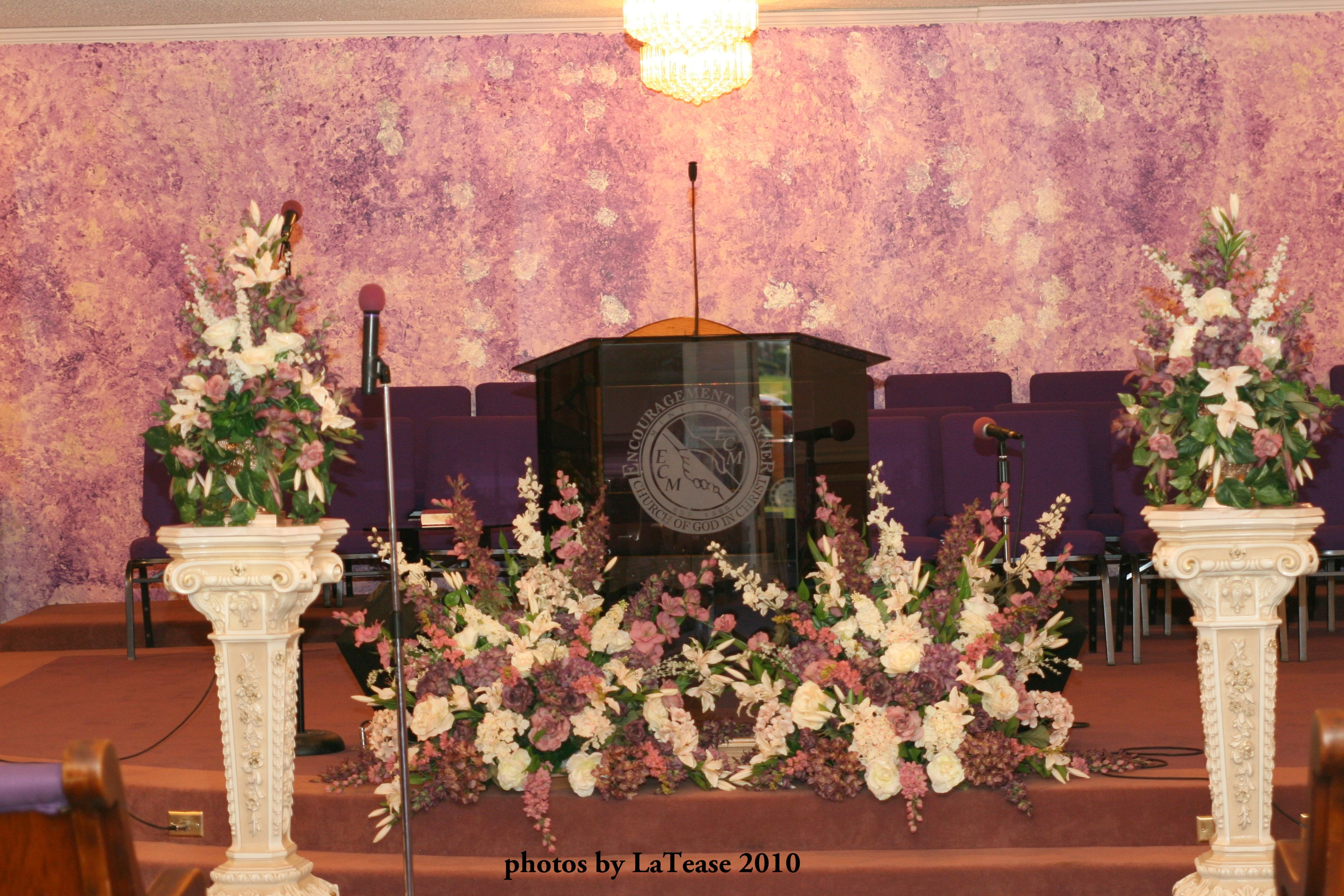 Will they get married at a church? The wedding planner has to orchestrate and plan the wedding with all the details. Timing is important too. Because the church can not be monopolized all day long. This wedding has to be timed, and things have to move smoothly.