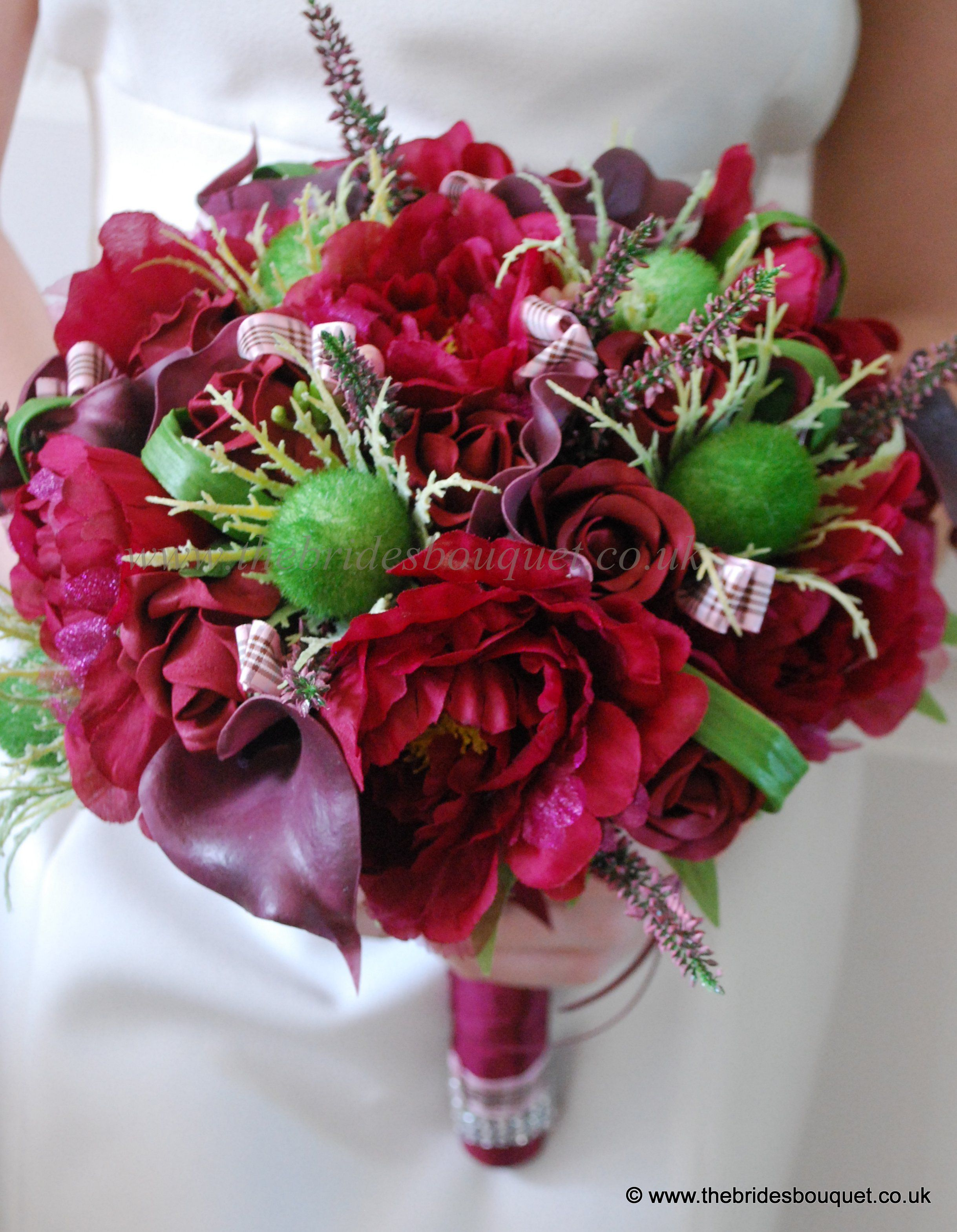 Scottish theme wedding flowers - deep red rose, thistle and heather ...