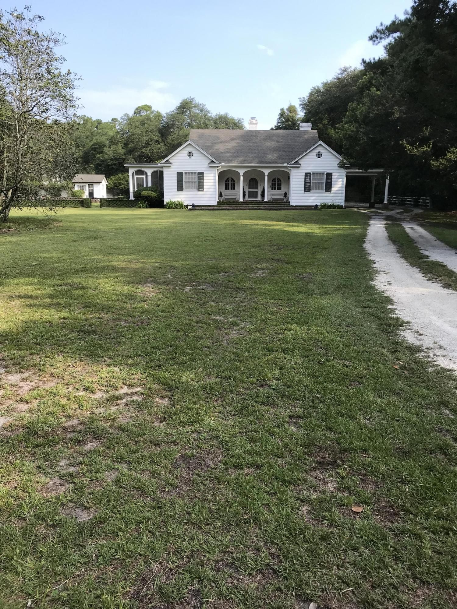 Lovely historic home in summerville built around 1930 with