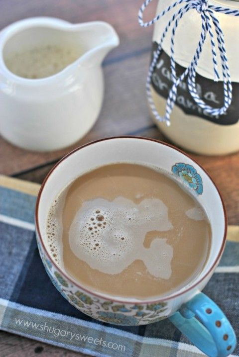 French Vanilla Coffee Creamer, made at home using only 3 ingredients! #frenchvanillacreamerrecipe