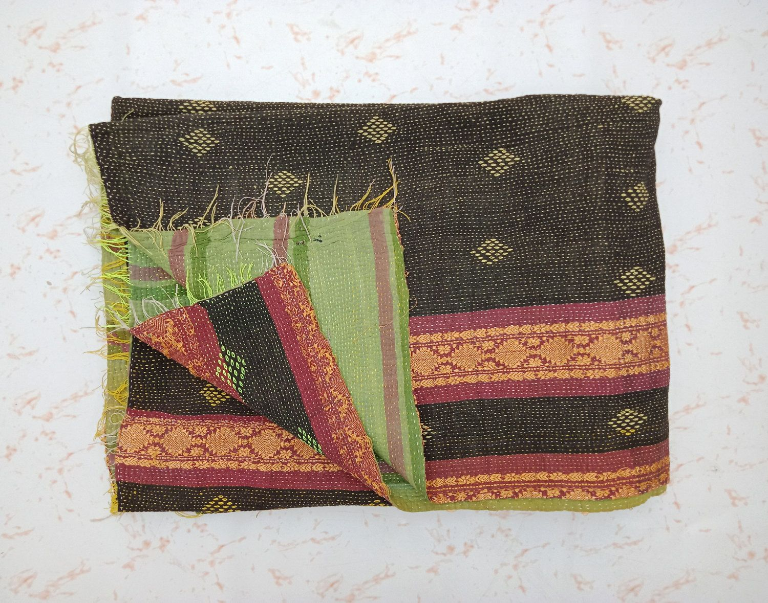 Vintage Kantha Quilts Blanket And Throw Embroidered Quilts Handmade Wall Hanging Amazing Bedding Home Decor Gift Reversible Quilt Tapestry