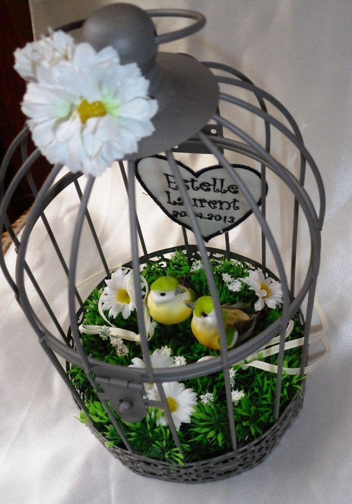 coussin alliances en cage pour oiseaux presentoir bo tes par coussin alliances wedding. Black Bedroom Furniture Sets. Home Design Ideas
