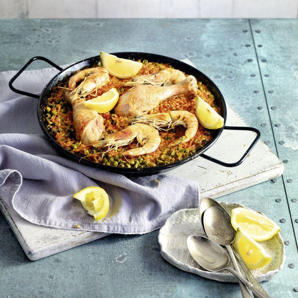 paella mit huhn und garnelen rezept mit bildern