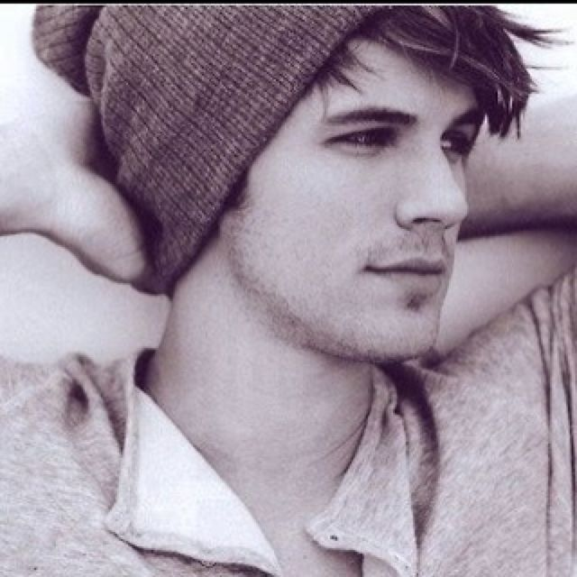 Matt lanter is bisexual