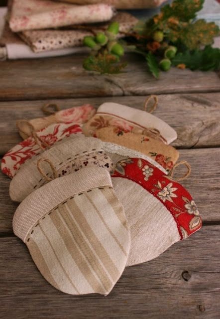Acorn Applique Embroidered Tan Potholder