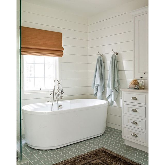 A Beautiful Bathroom Design By @laurenliess! We Love The Pop Of Color On The