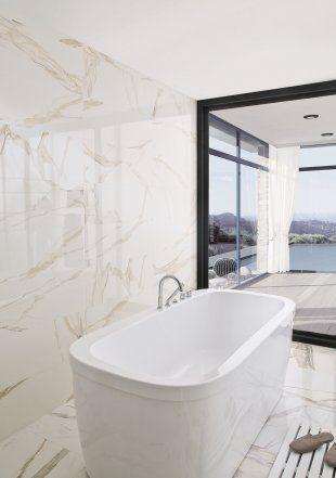 Carrelage en faïence façon marbre - Porcelanosa Sol et murs salle de ...