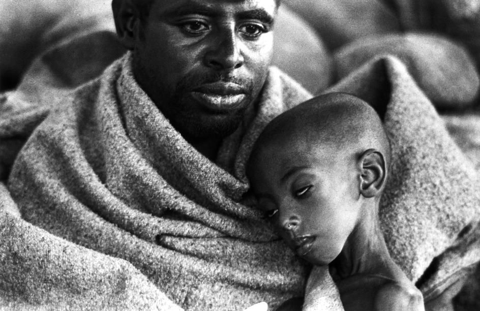 Abbas ETHIOPIA  Bati  December 1973  Refugee camp for