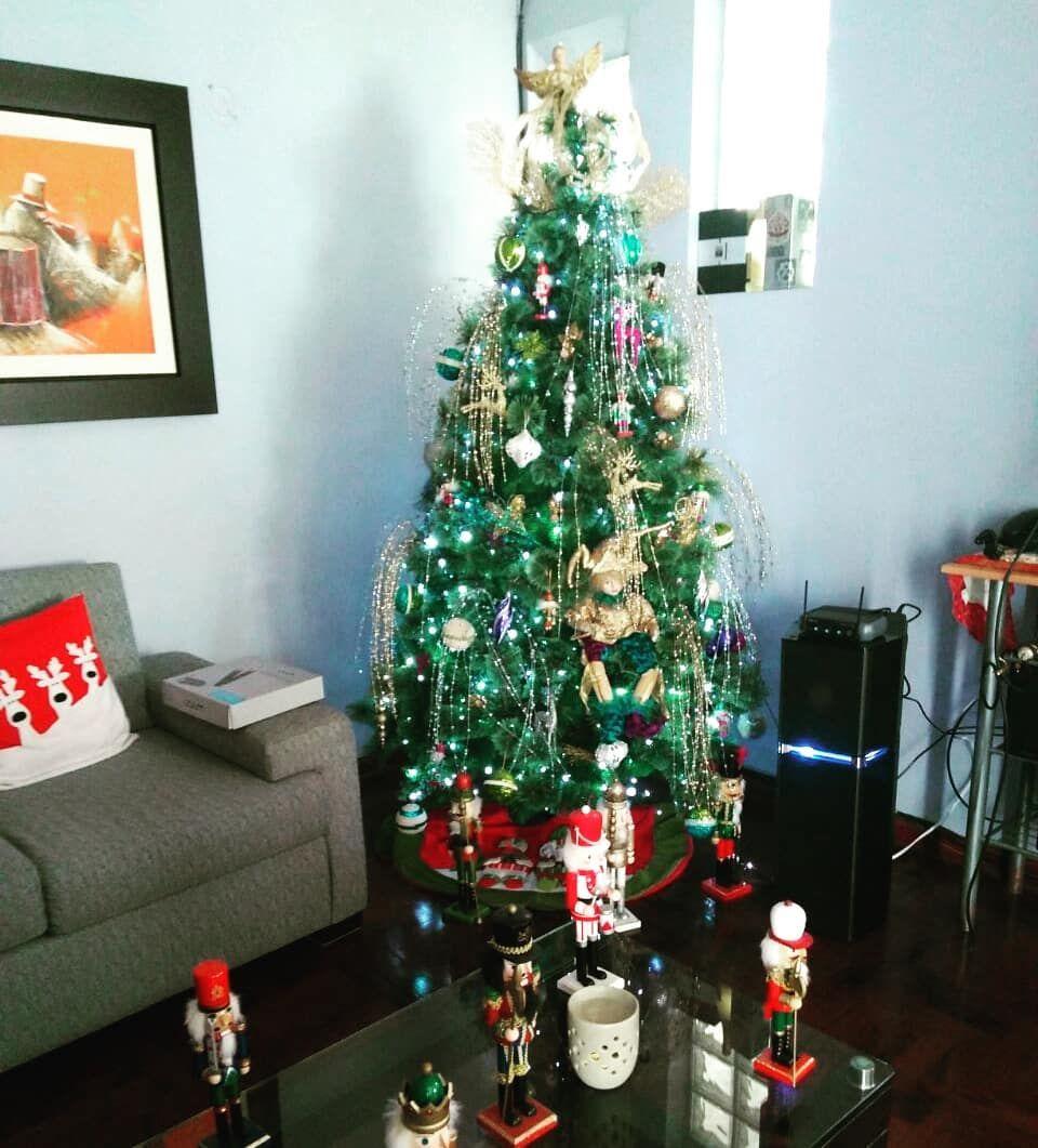 19 Adornar La Casa En Navidad Red Christmas Decor Small Christmas Trees Fun Christmas Decorations