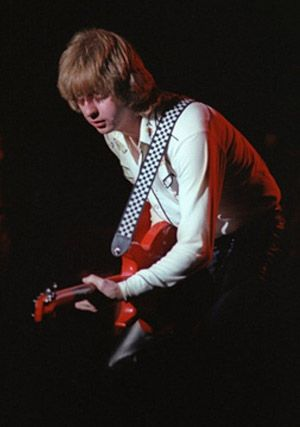 James Honeyman-Scott (November 4, 1956 - June 16, 1982) heart attack brought on by cocaine overdose. 25 years old