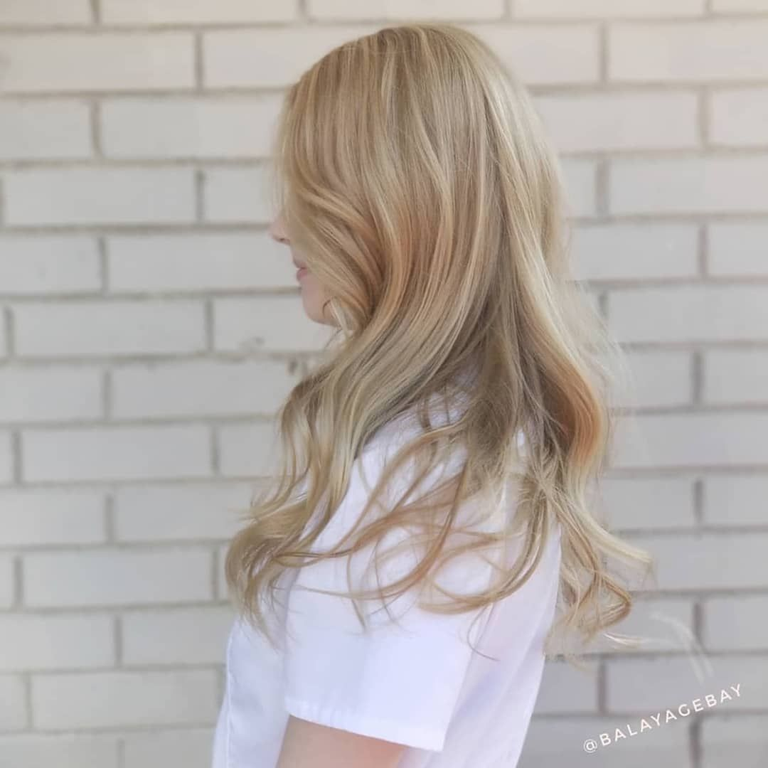 Vanilla Frappuccino Created Exclusively Using Lanzahaircare Proces Balayage Long Hair Styles Hair Styles
