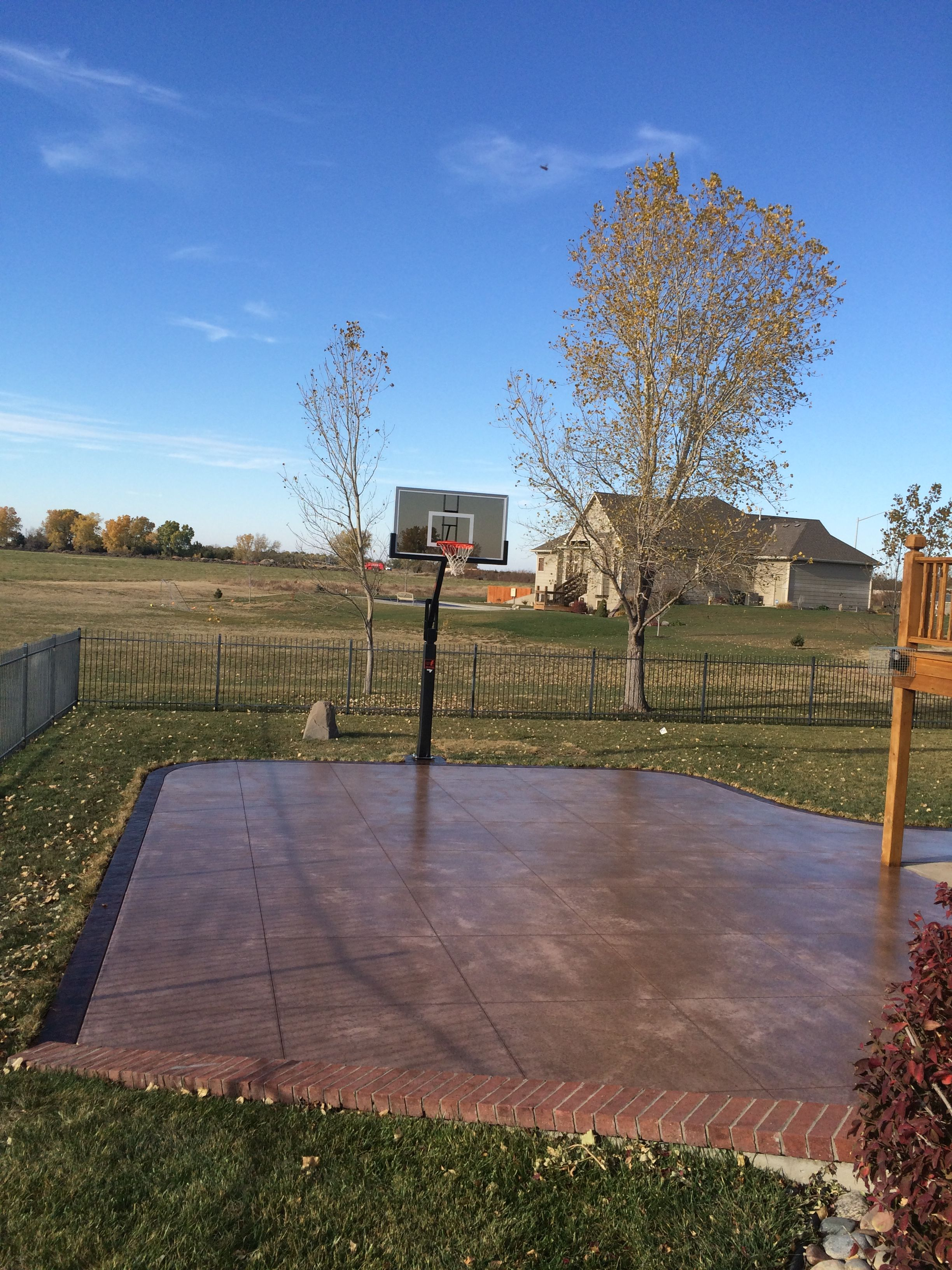 Nothing could be sweeter than your own personal basketball for Personal basketball court