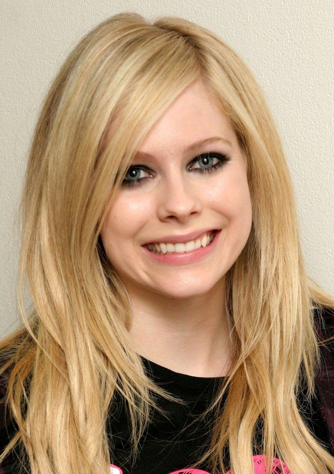 Avril Lavigne Hairstyle Long Hair Styles Hair Styles Avril Lavigne