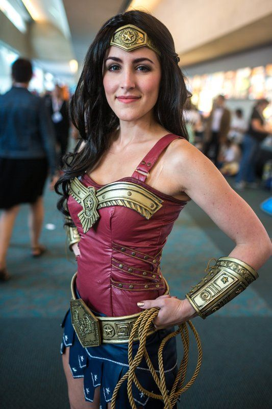 Wonder Woman Cosplay At ComicCon Great Details Wonder - This self taught cosplay artist can turn herself into any character