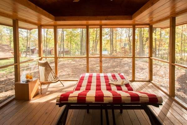 Tiny Rustic Cabin With Wheels and a Stunning Interior - Tiny House ...