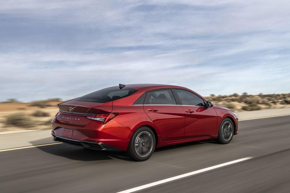 بالصور هيونداي تكشف عن النترا 2021 الجديدة كليا Hyundai Elantra Elantra Hyundai