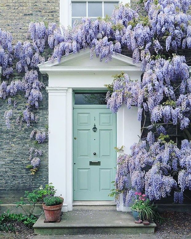 16 Paint Colors That Will Instantly Liven Up Your Home