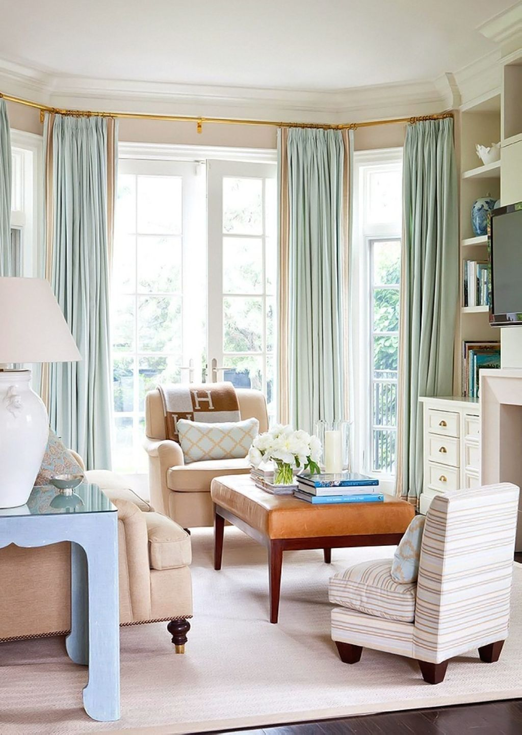 Five Ways Bay Windows Can Beautify Your Home  Window decorating