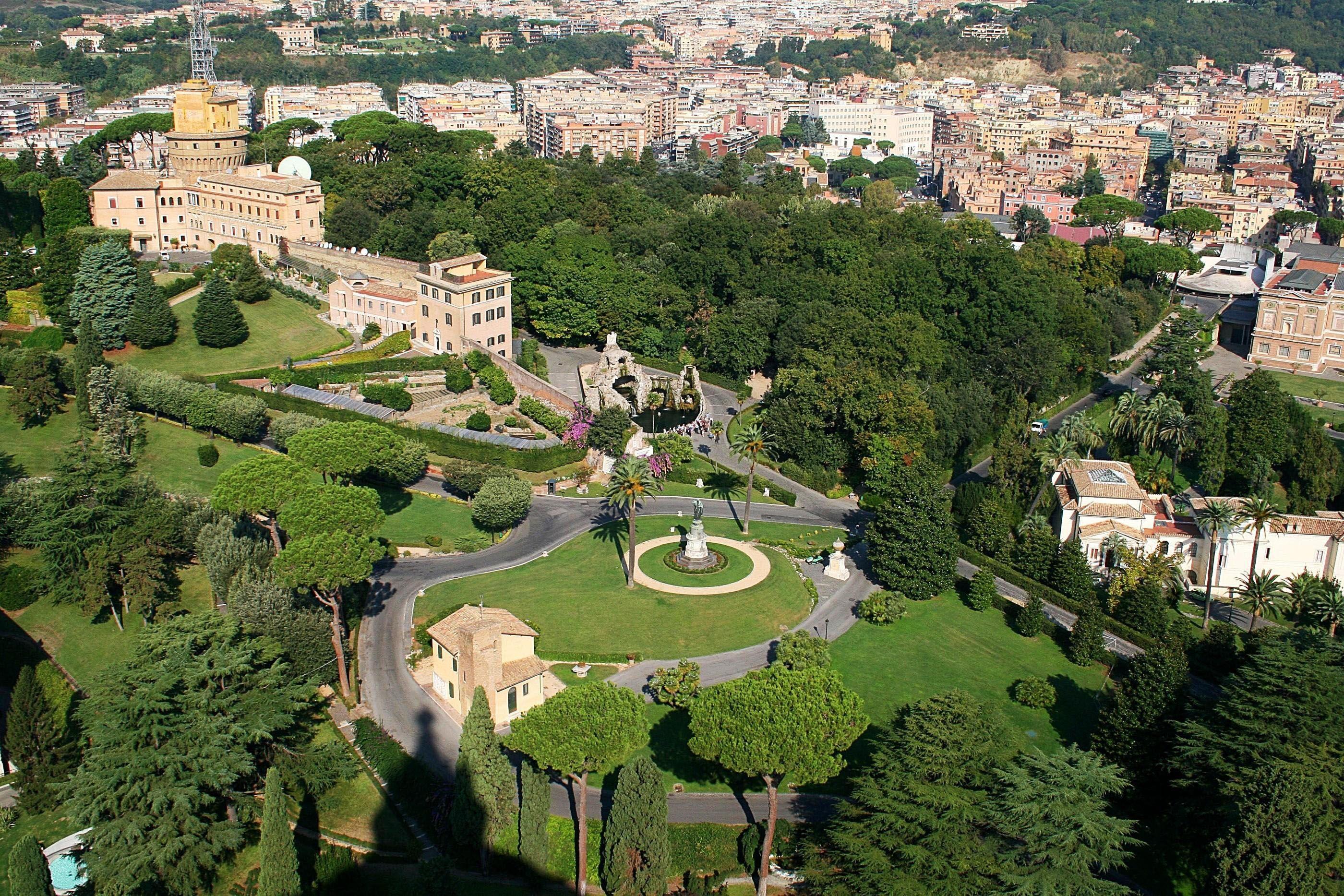 Gardens Of Vatican City Parks Rome