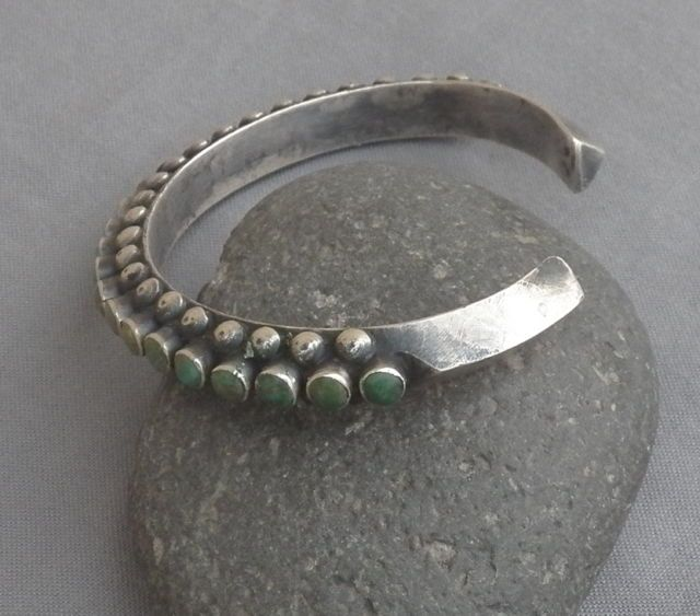 Beautiful snake eye bracelet, one of the best I've seen.