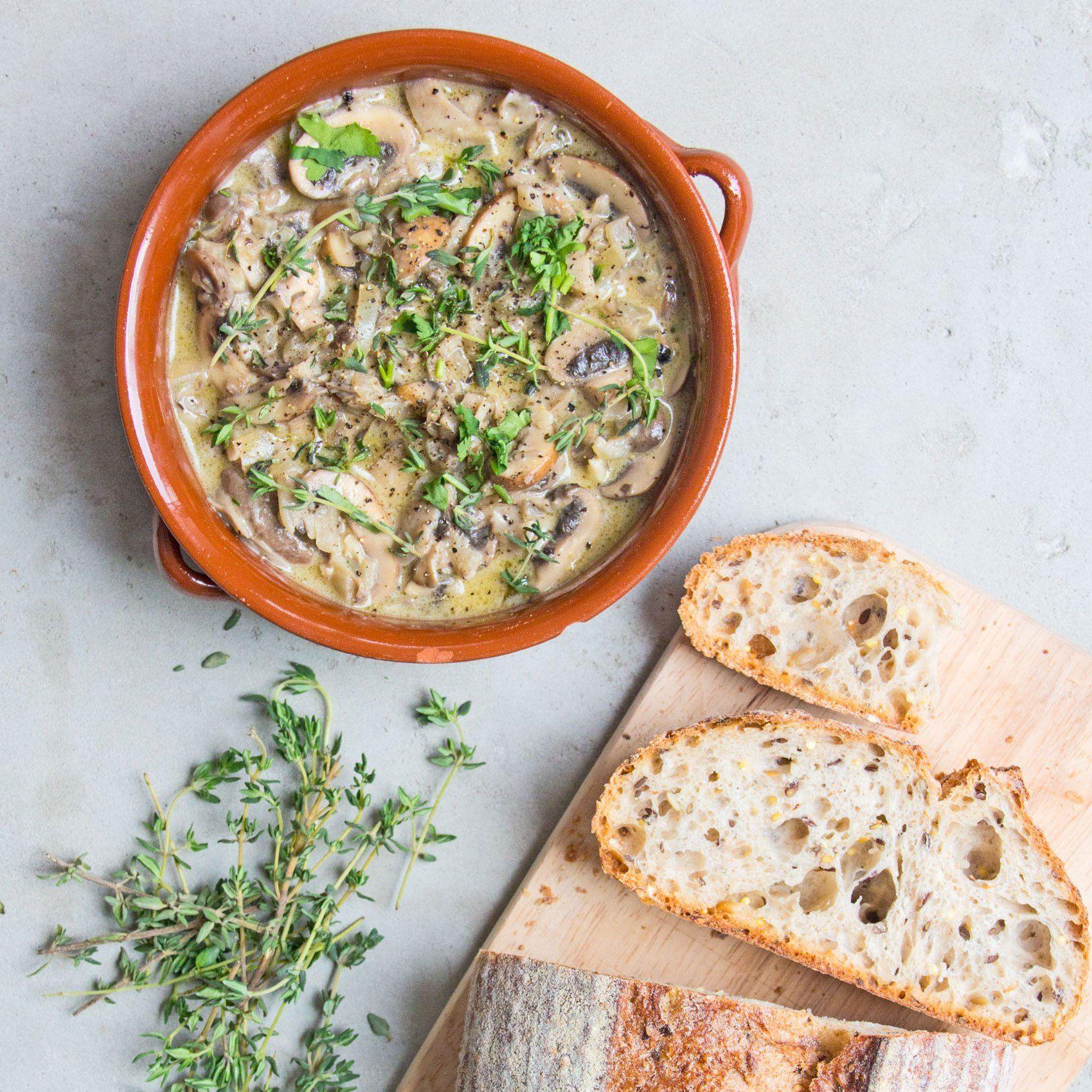 Creamy Garlic Thyme Mushrooms Recipe Deliciously Ella Receta Macrobiotica Vegetarianos Fibromialgia