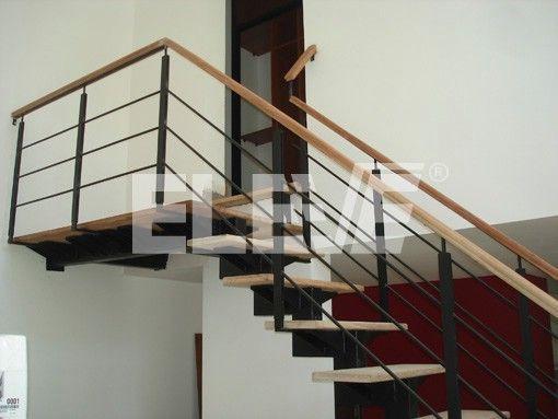 Baranda de hierro para escalera con planchuelas verticales - Barandillas de madera para interior ...