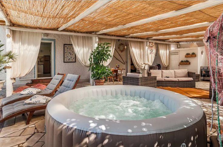 Bathroom Decor Spa Die Hausdesign Ihr Indoorwhirlpoolideen Können Kopieren Sie 10 Indoor Jacuzzi Ideas To Co Indoor Jacuzzi Hot Tub Room Indoor Hot Tub