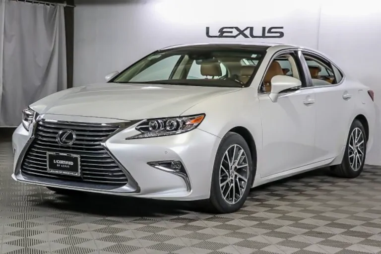 Pin By Pliev On Lexus In 2020 Lexus Lexus Es Lexus Rx 350