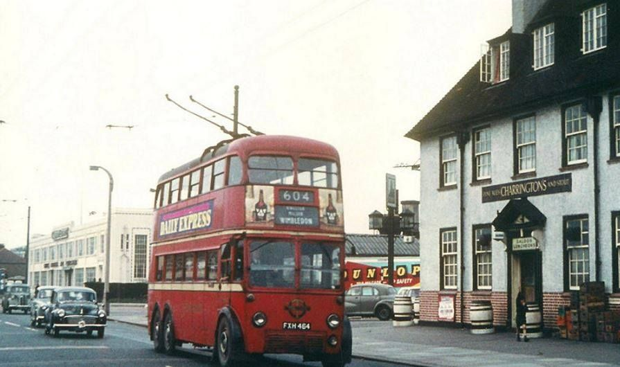 Shannon Corner New Malden Before The Flighover Was Built In The