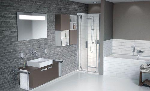 Galerie photos de salles de bains familiales salle de bain pinterest salle de bains for Amenagement salle de bain baignoire douche