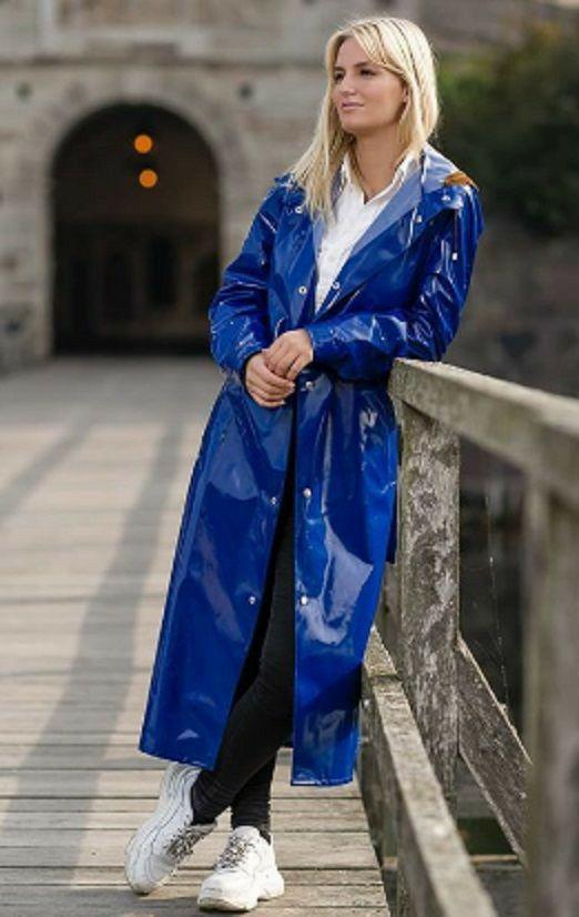 Pin von Harde auf Blue in 2020 | Kleidung, Regenmantel