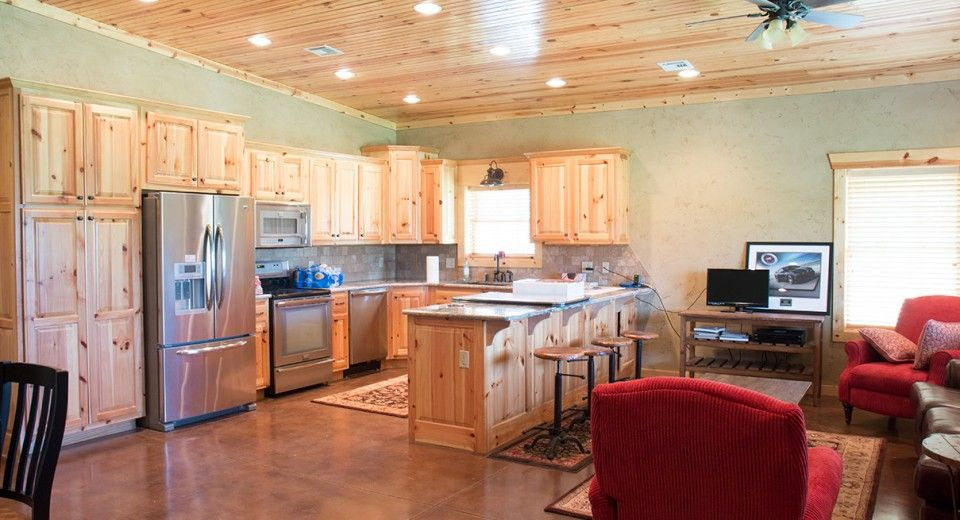 This Home Was Built For Mike U0026 Pam Of Dickson, TN Special Features: Mortonu0027s