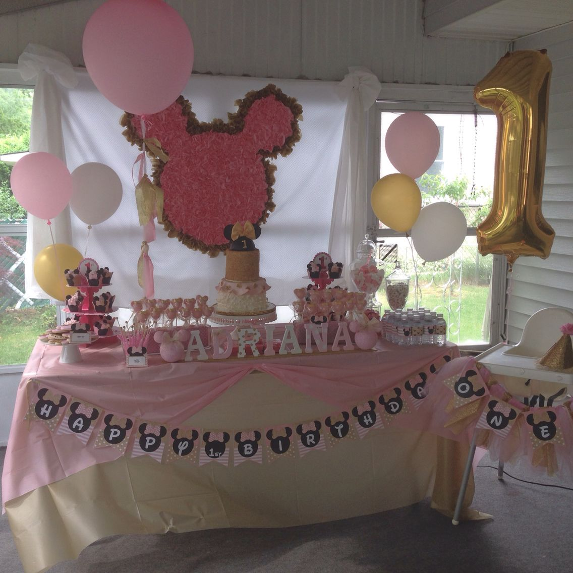 1st Birthday Table Ideas: Pink And Gold Theme Minnie Mouse Dessert Table. Mostly