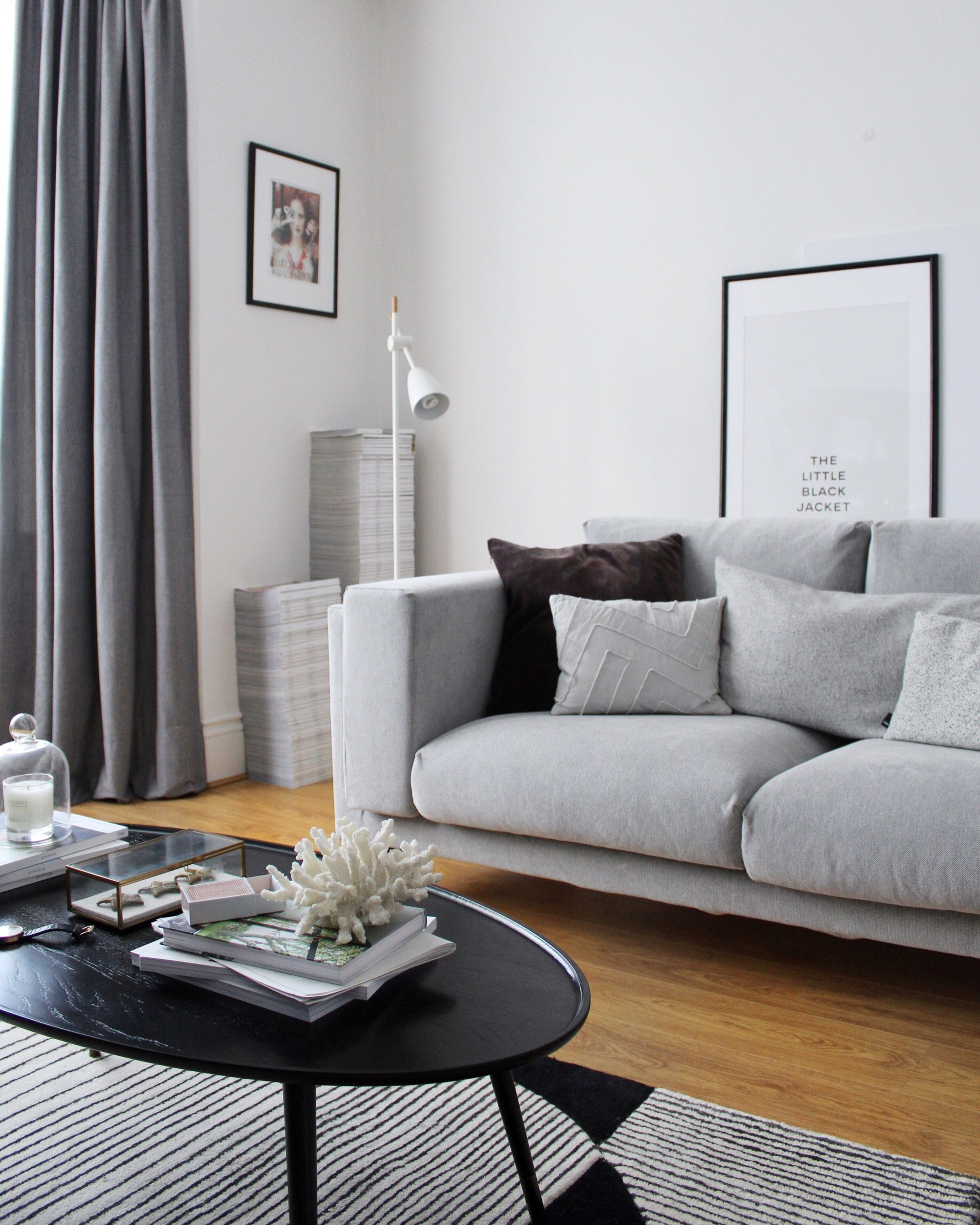 Living Room Update Part One The Ikea Nockeby Sofa Is In It S Contemporary Comfy And The Perfect Shade Of Grey Ikea Nockeby Gemutliches Wohnen Wohnzimmer