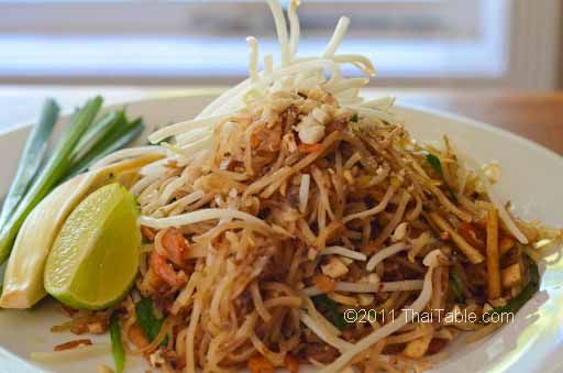 Pad Thai - Straight from a street food vendor to your table  http://www.thaitable.com/thai/recipe/pad-thai-street-food