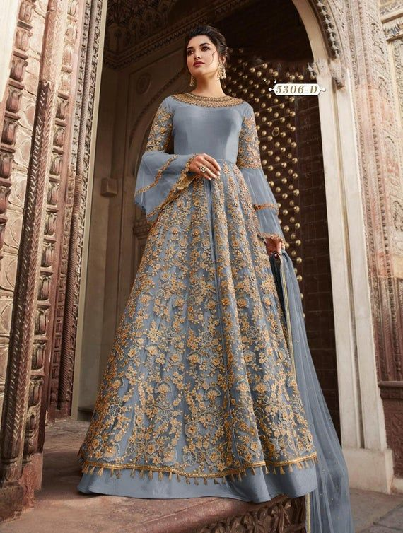 BOLLYWOOD BRIDE Indian wedding Lehnga Indian gowns