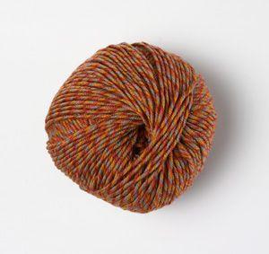 Aurora Melange by Karabella.  Almost pill-less.  Love this yarn.