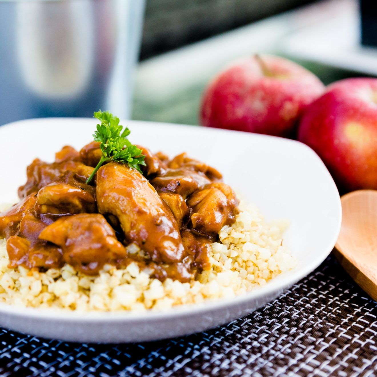 Japanese Curry With Cauliflower Rice Lowcarbingasian Recipe Japanese Curry Keto Side Dishes Curry