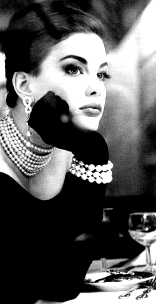 Black And White My Favorite Photo In 2020 Vintage Fashion Photography Vintage Fashion Fashion Photography