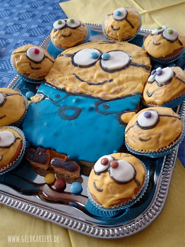 minions kindergeburtstagsparty alles selbst gemacht gebaeck pinterest kinder kuchen und. Black Bedroom Furniture Sets. Home Design Ideas