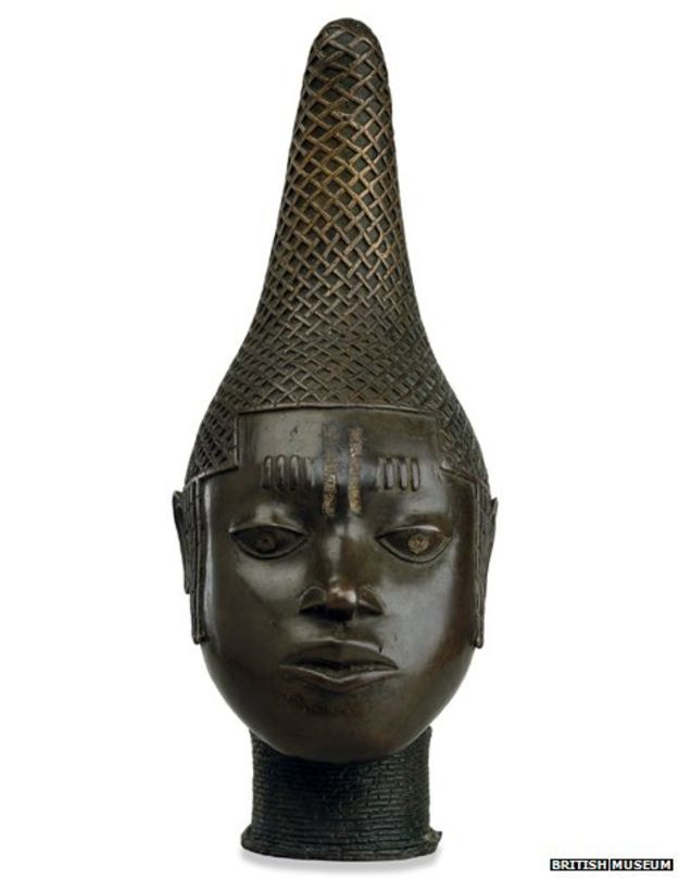 At the end of the 19th Century British troops looted thousands of works of art from the Benin Empire - in modern-day Nigeria - and brought them home. One soldier's grandson inherited two bronzes but recently returned them to their original home.    http://m.bbc.com/news/magazine-31605284