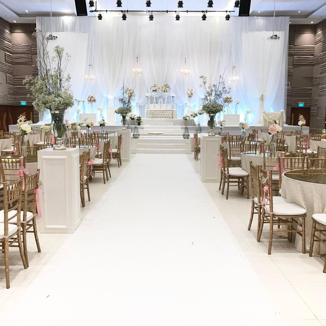 Malay Wedding Venue 100 Locations To Choose From Kahwin Sg Wedding Venue Decorations Wedding Decor Elegant Malay Wedding