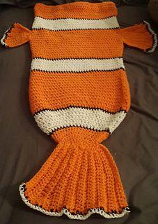 Mi mundo y Punto: Broche Dory pez de Buscando a Nemo en Amigurumi | 320x227