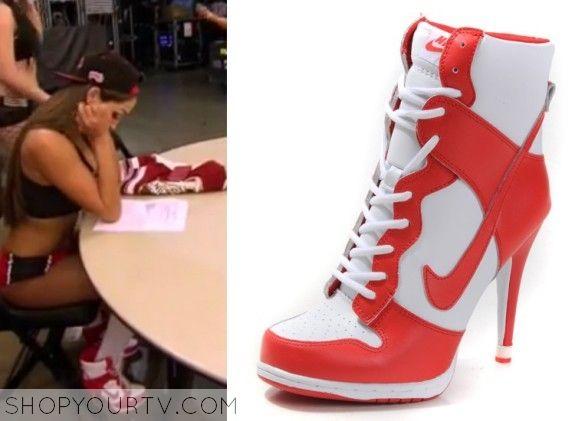 WWE Total Divas: Season 4 Episode 1 Nikki's High Heels