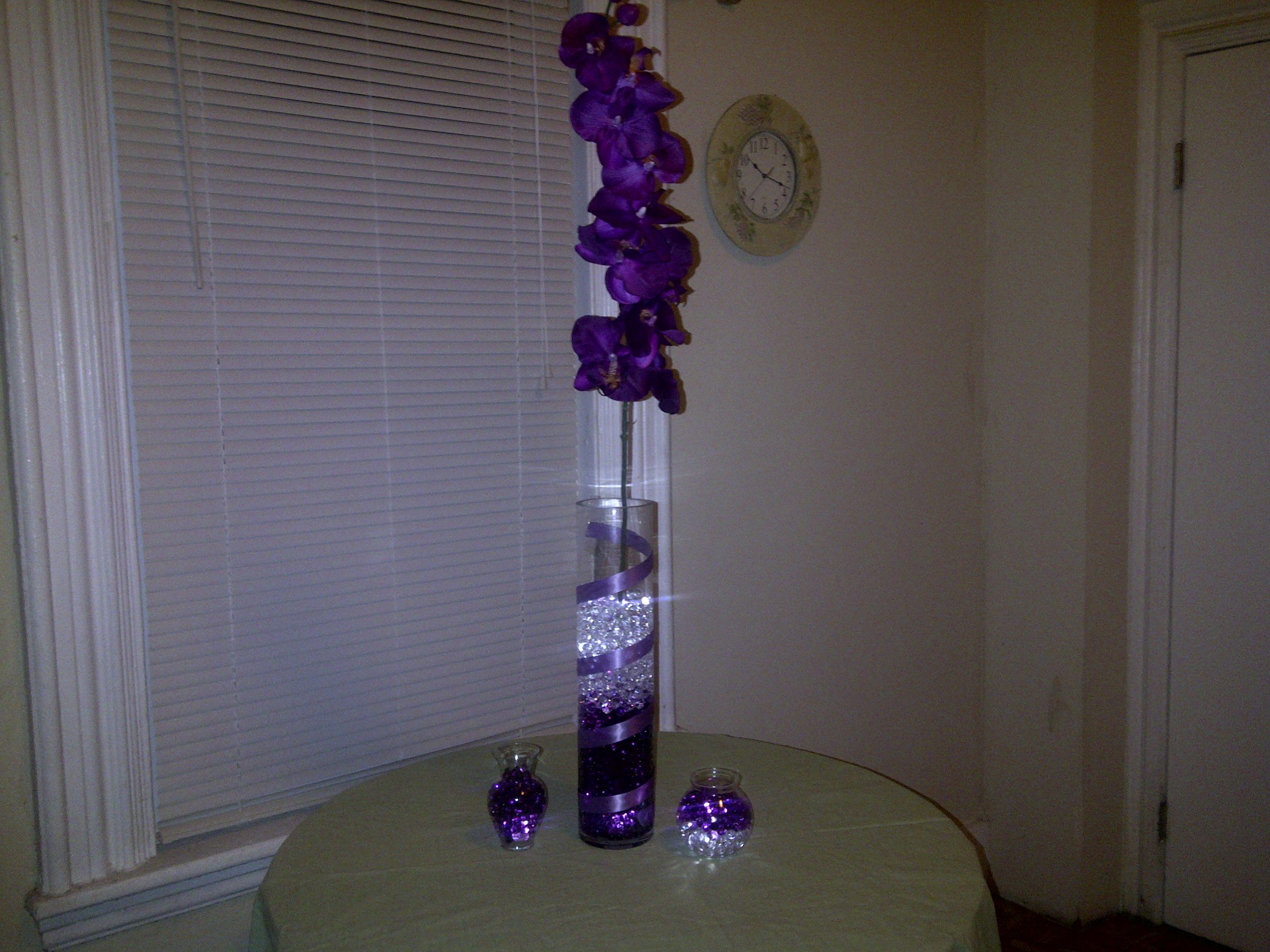I Love Doing Centerpieces At Home Did This With Material I Had Tall Vase 2 Small Vases